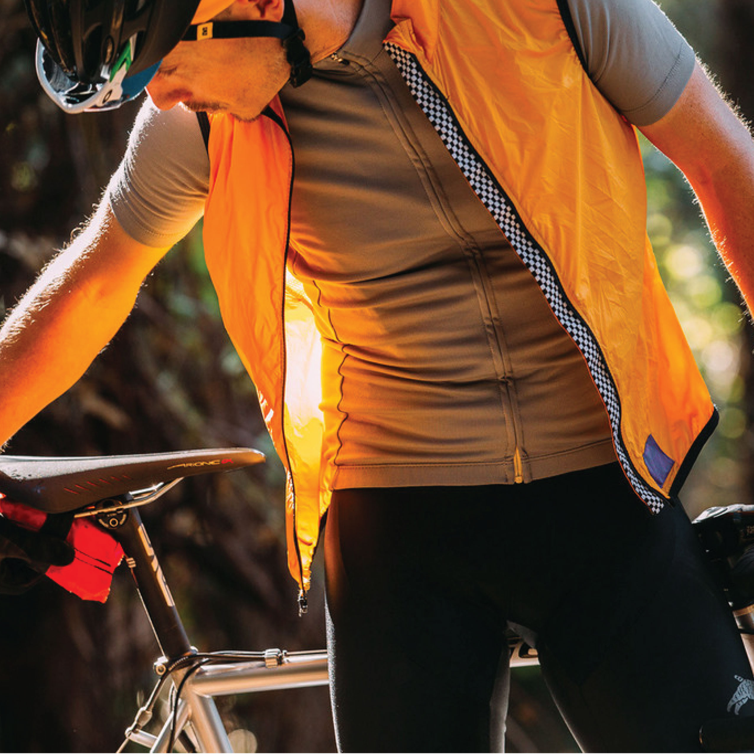 BREEZER VEST (BLACK, BROWN, GOLD)